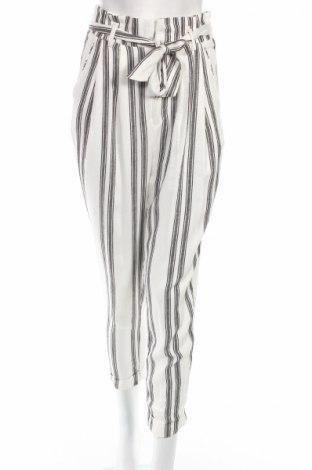 Pantaloni de femei Bershka