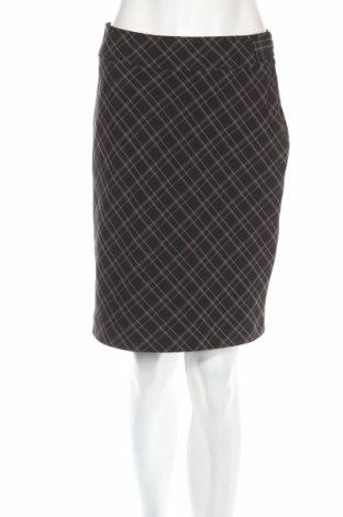 Пола H&M, Размер S, Цвят Черен, 85% полиестер, 15% вискоза, Цена 7,18лв.