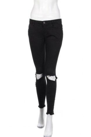 Дамски дънки Pull&Bear, Размер S, Цвят Черен, 97% памук, 3% еластан, Цена 18,75лв.