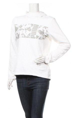 Дамски суичър PUMA, Размер M, Цвят Бял, 68% памук, 32% полиестер, Цена 29,93лв.