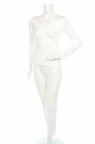 Пижама Kris, Размер S, Цвят Бял, 80% вискоза, 10% еластан, 5% полиамид, 5% полиестер, Цена 39,75лв.