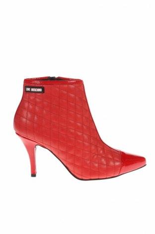 Dámské topánky  Love Moschino