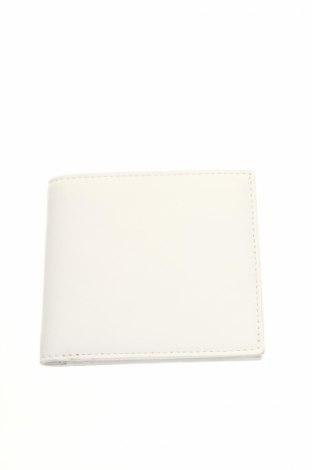 Peňaženka  Lucrin