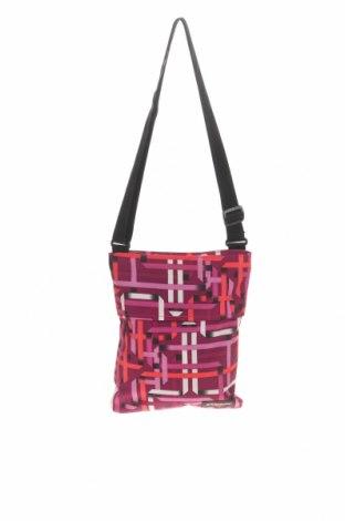 Дамска чанта Eastpak, Цвят Многоцветен, Текстил, Цена 49,14лв.