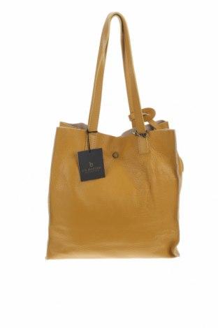 Дамска чанта Lia Biassoni, Цвят Жълт, Естествена кожа, Цена 186,32лв.