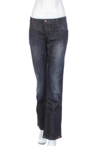 Дамски дънки Edc By Esprit, Размер L, Цвят Син, 98% памук, 2% еластан, Цена 25,88лв.