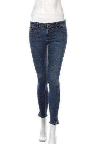 Дамски дънки Zara, Размер M, Цвят Син, Цена 30,45лв.