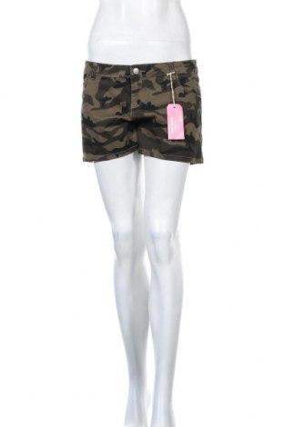 Γυναικείο κοντό παντελόνι Pink Woman, Μέγεθος M, Χρώμα Πράσινο, 98% βαμβάκι, 2% ελαστάνη, Τιμή 11,34€