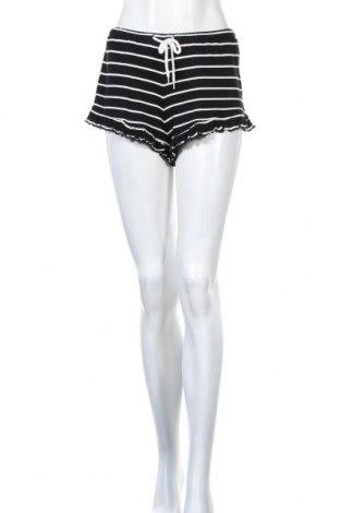 Дамски къс панталон Review, Размер XS, Цвят Черен, 95% вискоза, 5% еластан, Цена 8,28лв.
