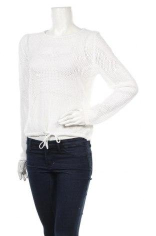 Дамски пуловер CPM Collection, Размер M, Цвят Бял, Цена 5,60лв.