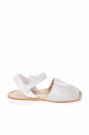 Детски сандали Avarca Menorquina, Размер 28, Цвят Бял, Текстил, естествена кожа, Цена 17,25лв.