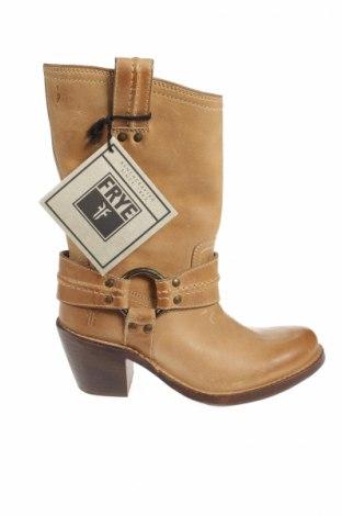 Γυναικείες μπότες Frye