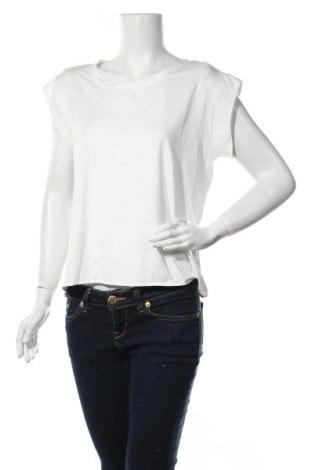 Дамска блуза ADPT., Размер S, Цвят Бял, 95% полиестер, 5% еластан, Цена 10,53лв.