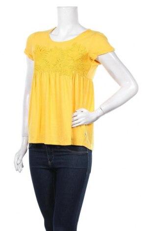Дамска блуза Le Temps Des Cerises, Размер XS, Цвят Жълт, 60% полиестер, 35% вискоза, 5% еластан, Цена 10,54лв.