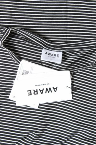 Дамска тениска Aware by Vero Moda, Размер S, Цвят Черен, 95% лиосел, 5% еластан, Цена 21,42лв.