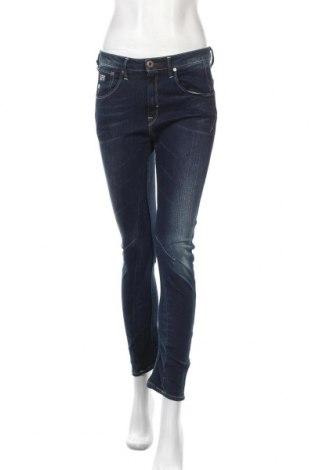 Дамски дънки G-Star Raw, Размер S, Цвят Син, 99% памук, 1% еластан, Цена 37,08лв.