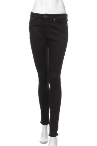 Дамски дънки Uniqlo, Размер S, Цвят Черен, 88% памук, 8% полиестер, 4% еластан, Цена 24,15лв.