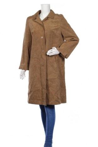 Дамско палто, Размер L, Цвят Бежов, 60% полиестер, 40% полиуретан, Цена 9,42лв.