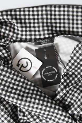 Дамско сако Mademoiselle A Paris, Размер M, Цвят Черен, 95% полиестер, 5% еластан, Цена 57,00лв.