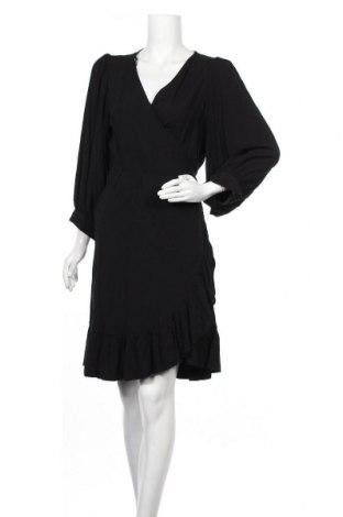 Φόρεμα Just Female, Μέγεθος M, Χρώμα Μαύρο, Βισκόζη, Τιμή 33,12€