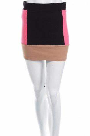 Пола H&M Divided, Размер M, Цвят Многоцветен, 67% вискоза, 26% полиамид, 7% еластан, Цена 6,75лв.