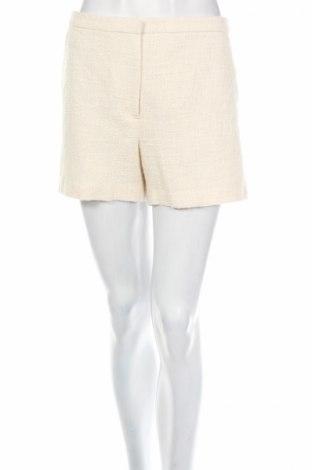 Pantaloni scurți de femei Mango