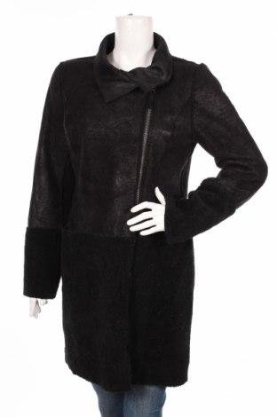 Дамско палто Montgomery