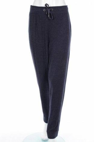 Pantaloni trening de femei Soya Concept