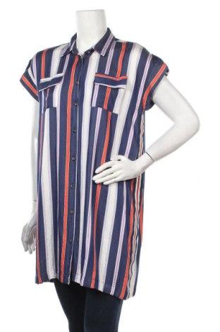 Дамска риза, Размер M, Цвят Многоцветен, Цена 36,40лв.