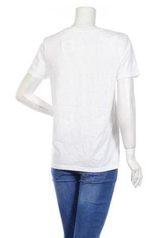 Дамска тениска Juicy Couture, Размер L, Цвят Бял, 60% памук, 40% полиестер, Цена 64,00лв.