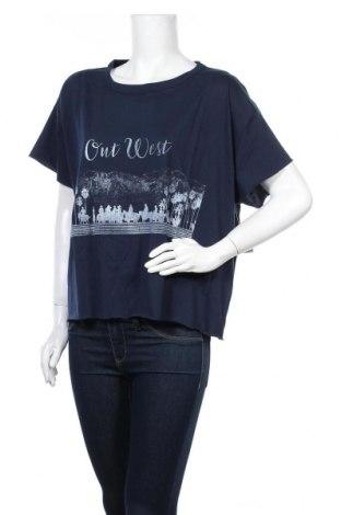 Дамска тениска Juicy Couture, Размер L, Цвят Син, 60% памук, 40% полиестер, Цена 40,30лв.