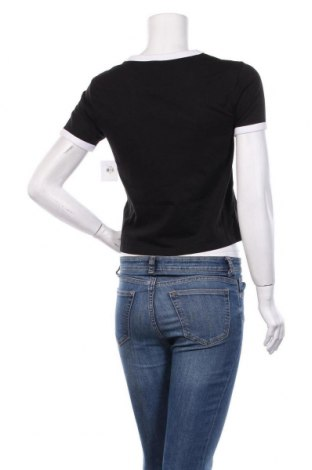 Дамска тениска Juicy Couture, Размер XS, Цвят Черен, 60% памук, 40% полиестер, Цена 33,64лв.