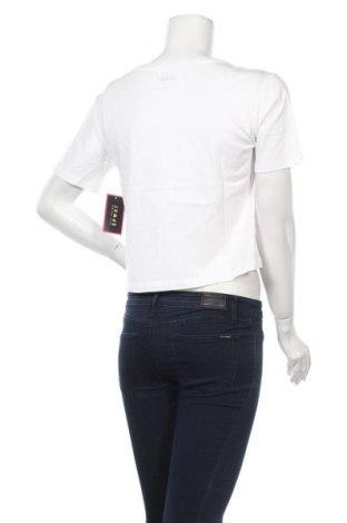 Дамска тениска Juicy Couture, Размер XS, Цвят Бял, 100% памук, Цена 34,10лв.