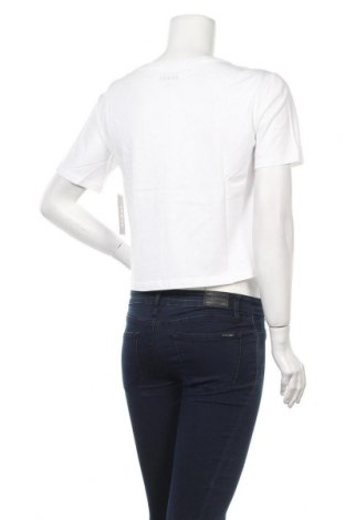 Дамска тениска Juicy Couture, Размер S, Цвят Бял, 100% памук, Цена 34,10лв.