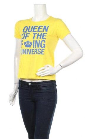 Дамска тениска Juicy Couture, Размер S, Цвят Жълт, Памук, Цена 21,78лв.