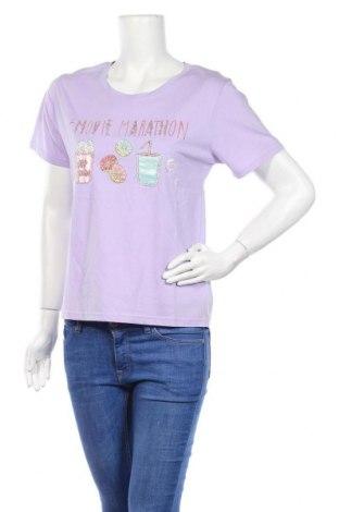 Γυναικείο t-shirt Molly Bracken, Μέγεθος S, Χρώμα Βιολετί, 100% βαμβάκι, Τιμή 10,10€