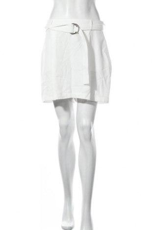 Γυναικείο κοντό παντελόνι New Look, Μέγεθος M, Χρώμα Λευκό, Πολυεστέρας, Τιμή 7,64€