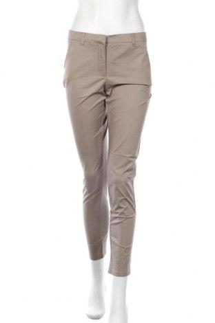 Дамски панталон Stefanel, Размер S, Цвят Бежов, 97% вискоза, 3% еластан, Цена 23,92лв.