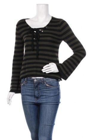 Дамски пуловер Bershka, Размер S, Цвят Зелен, 66% полиестер, 34% вискоза, Цена 36,75лв.
