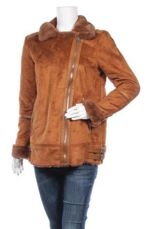 Дамско палто Pull&Bear, Размер L, Цвят Кафяв, Полиестер, Цена 72,27лв.