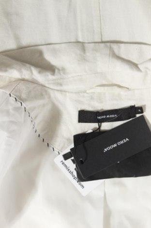 Дамско сако Vero Moda, Размер XL, Цвят Екрю, 55% лен, 45% вискоза, Цена 35,28лв.