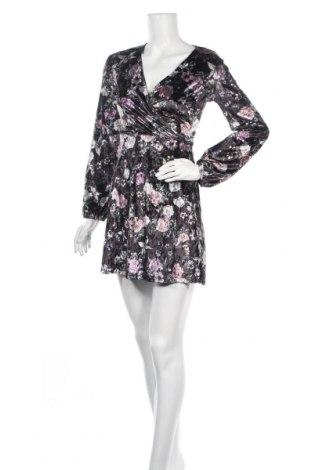 Φόρεμα Dynamite, Μέγεθος XS, Χρώμα Πολύχρωμο, 94% πολυεστέρας, 6% ελαστάνη, Τιμή 7,54€