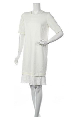 Рокля In Wear, Размер M, Цвят Бял, 82% полиестер, 13% вискоза, 5% еластан, Цена 70,85лв.