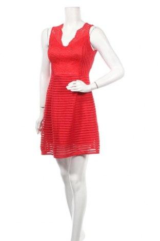 Φόρεμα William, Μέγεθος M, Χρώμα Κόκκινο, 95% πολυεστέρας, 5% ελαστάνη, Τιμή 9,18€