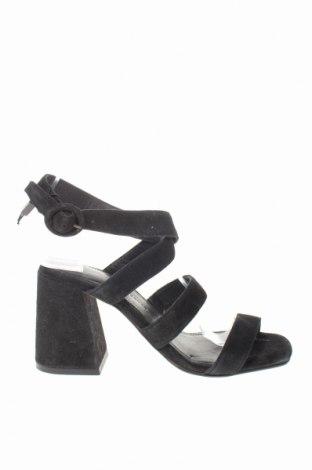 Sandály Reserved, Velikost 36, Barva Černá, Přírodní velur , Cena  297,00Kč