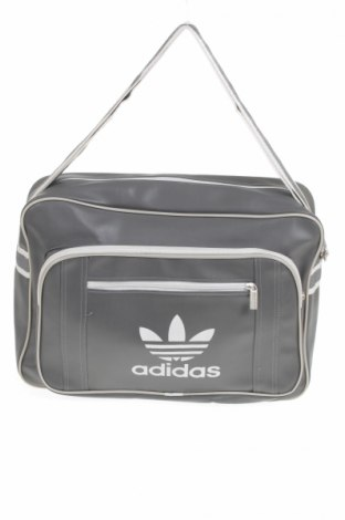e5d3e89cbff3 Laptop táska Adidas - kedvező áron Remixben - #8910406