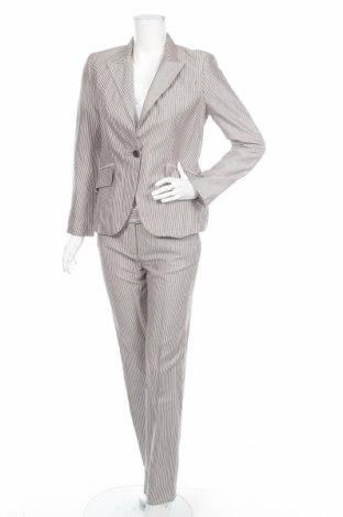 ee199f83326e Γυναικείο κοστούμι Zara - αγοράστε σε τιμή που συμφέρει στο Remix ...