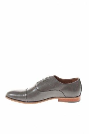 Мъжки обувки Steve Madden