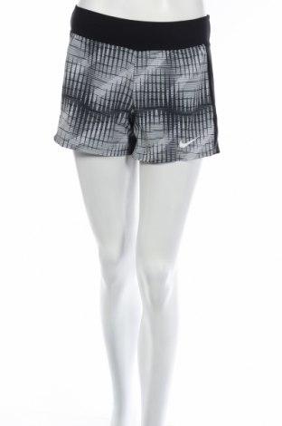 Дамски къс панталон Nike