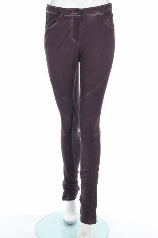 Дамски панталон Liebeskind, Размер S, Цвят Лилав, 97% памук, 3% еластан, Цена 34,81лв.